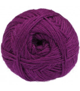 Purple Magenta - 100% baby llama - Medium - 100 gr./ 218 yd.