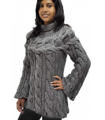 Hand-knit cable sweater - Alpaca Wool